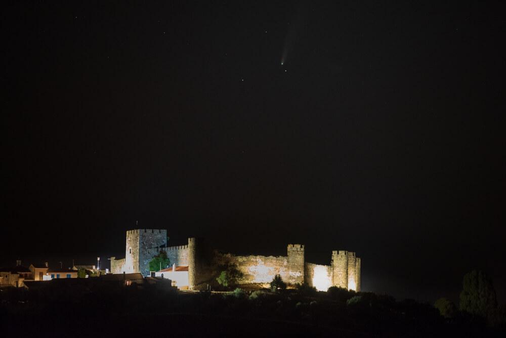 O Céu e o Castelo de Terena, no Alentejo