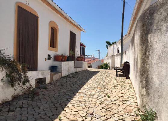 Rua do castelo de Salir