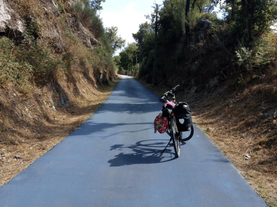 Cicloviagem por pistas coloridas - Piso Azul