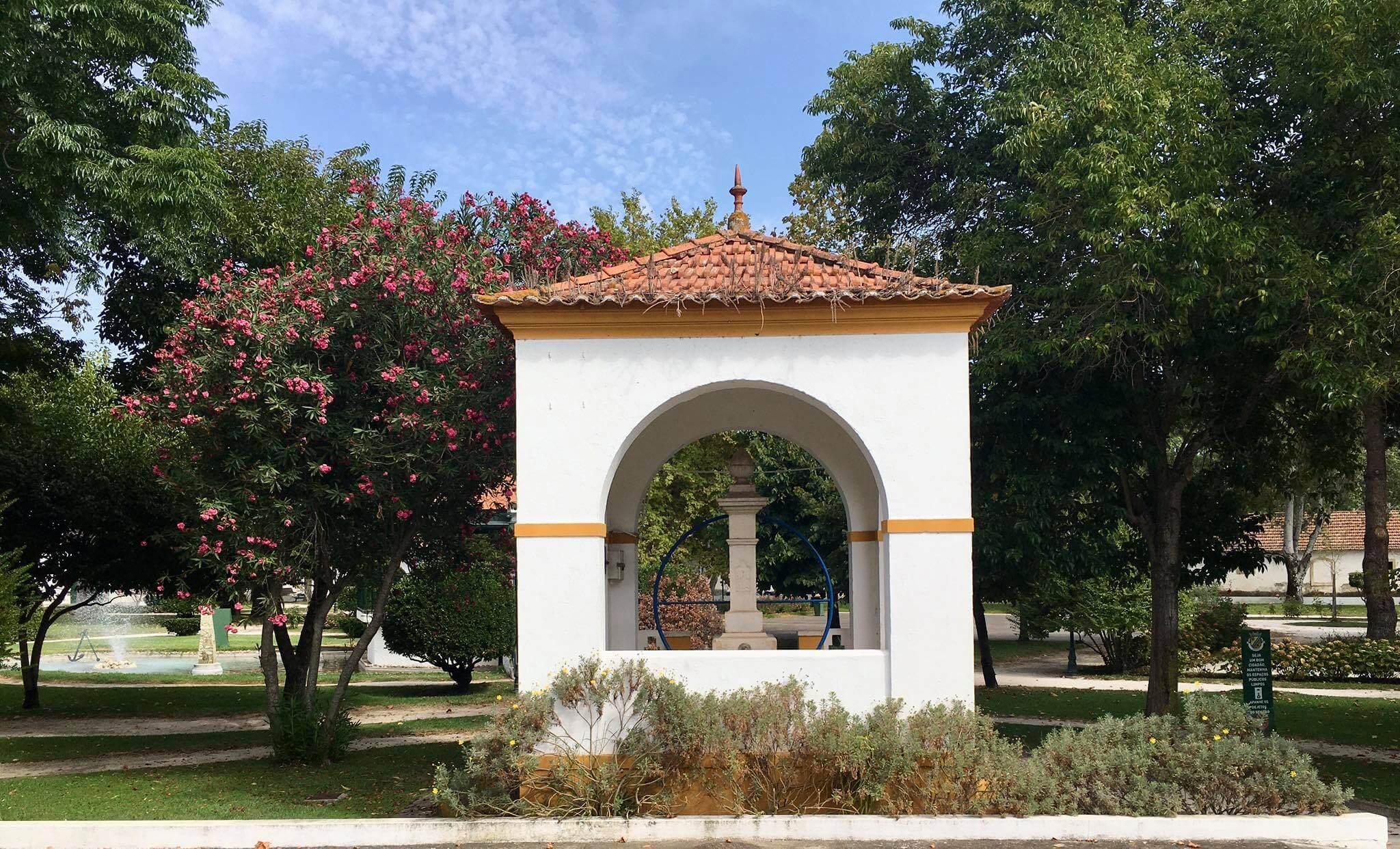 Azinhaga Jardim